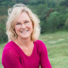 Susan Stilwell - Platforming